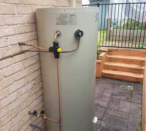 rheem aquamax 315 litre buff point
